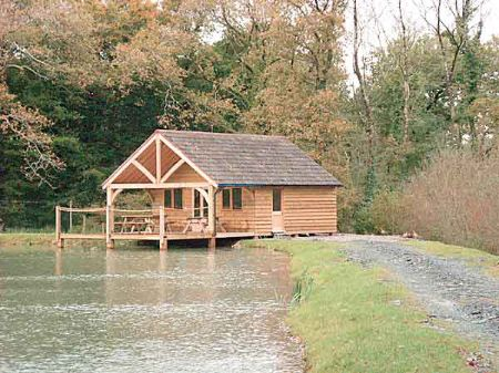 Waterside lodge overlooking lake also constructed by Wedgewood Buildings