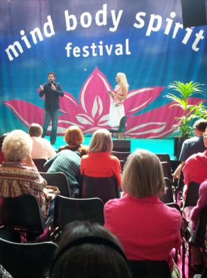 Jimmy Petruzzi and Sara Lou-Ann Jones seminar at Mind Body Spirit