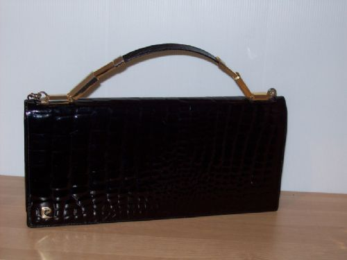 Stunning Pierre Cardin clutch with chain