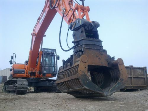 30 tonne Demolition Spec Excavator with Selector Grab