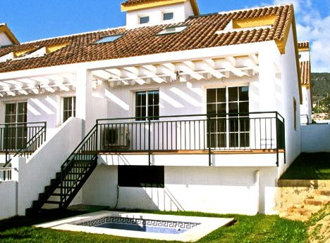 3 Bed 2 Bath in Benalmadena from under 200,000 euros