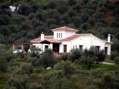 Nice traditional Spanish house in Malaga province, yours can be built similar r entirely different..