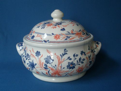 Churchill Imari Covered Vegetable Dish
