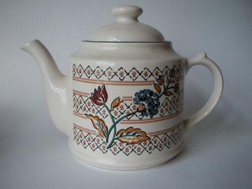 Boots Camargue Teapot
