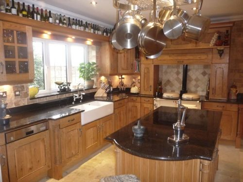 Character Oak solid wood kitchen and granite worktops