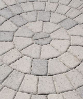 Slabs and flagstones for any garden