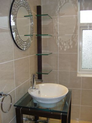 Recent bathroom fitted 'Roper Rhodes' free standing basin