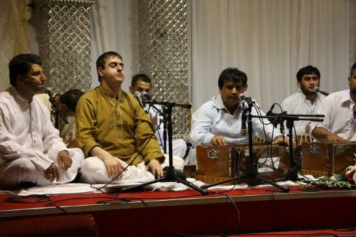 Hamid Performing qawwali