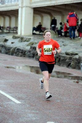 Angela B runs the Blackpool half marathon with Rob