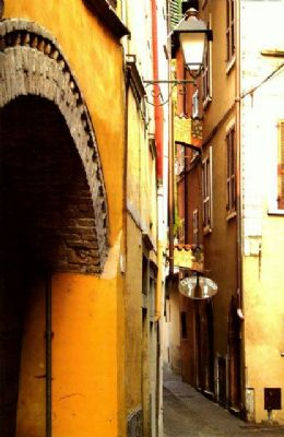 Narrow winding streets