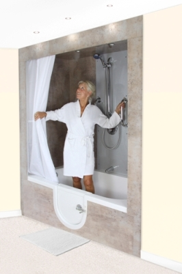 Bliss level access shower with shower curtain