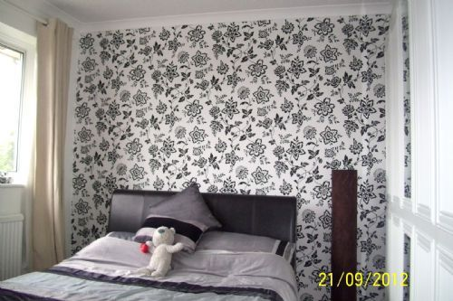 Feature wallpaper in Aylesbury