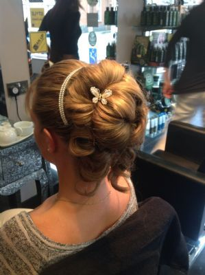 up do by Kiki
