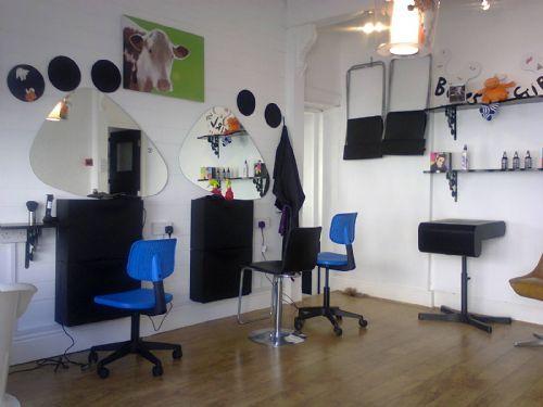 A Funky, fun salon :)