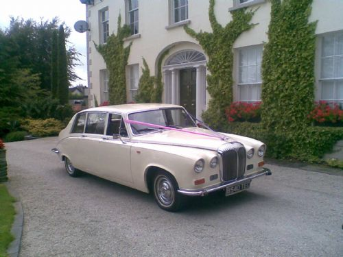 daimler ds420 7 seater limo