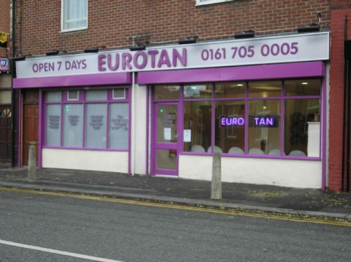 Silver dibond with moulded letters and neon