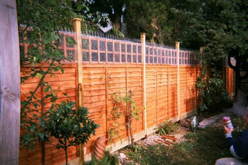Animal-proof fencing