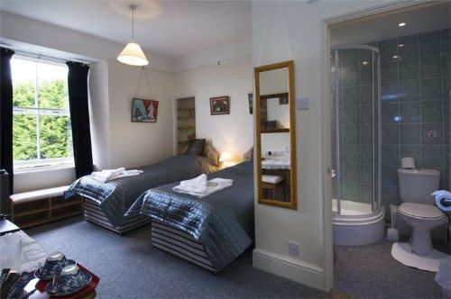 Twin en-suite - Bed and Breakfasts Penzance