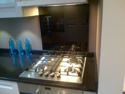 Glass Kitchen Splashbacks Uk Glass Splashbacks And Worktops Supplier In Morley Leeds Uk