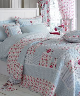 patchwork bedding and curtains 3