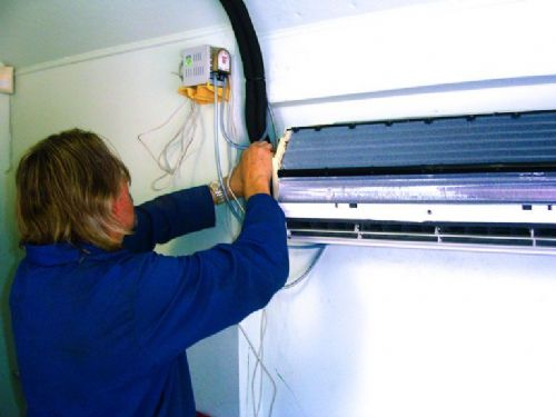 Indoor air conditioning unit - Air Conditioning Companies Chesterfield