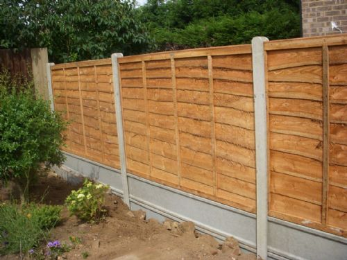 R H Fencing Fencing Contractor In Duston Northampton Uk