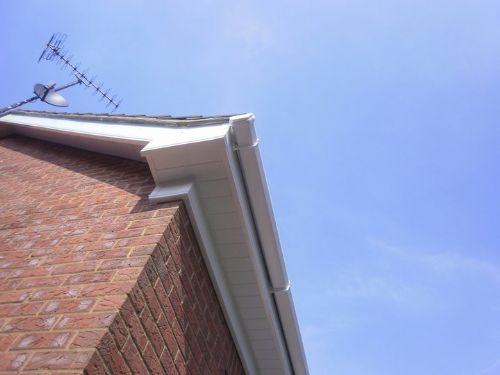how to install box end fascia