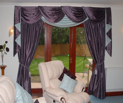 inside story interiors curtains and blinds shop in
