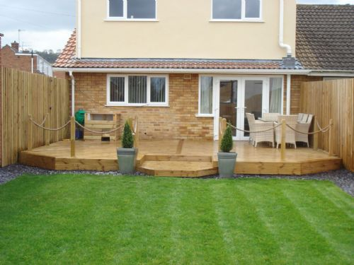 Decking design the landscape gardeners landscape for Garden design ideas glasgow