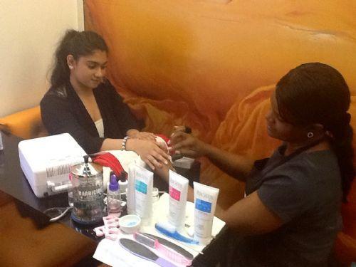Slim bodyline clinic beauty salon in marylebone london uk for Nail salon marylebone