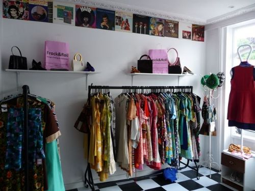 frock roll vintage clothing shop in reading uk