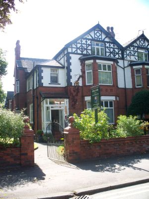 Abbey Lodge from the front - Wilbraham Road - Bed and Breakfasts Manchester
