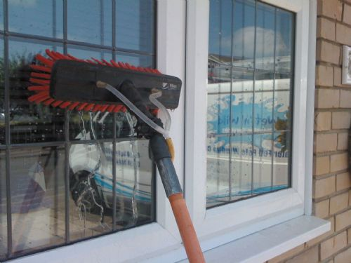 Wet n Wild Cleaning Services - Window Cleaner in ...