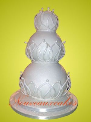 Beautiful Award Winning Unusual Wedding Cake - Cake Designers Bromley