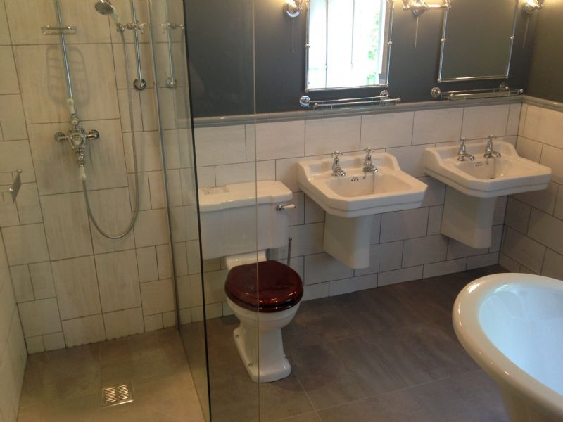 Fitted Bathrooms In Bolton: P&D Heating & Bathrooms Ltd