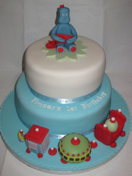 Newcastle Wedding Cake Makers