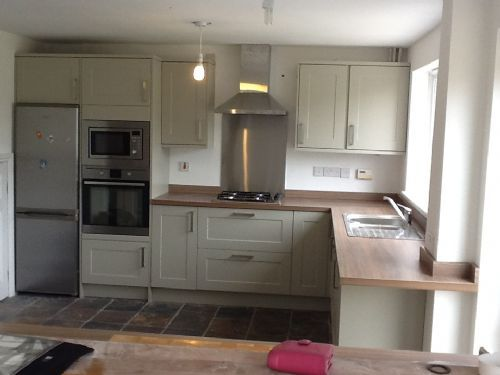 Oliver guest joinery kitchen fitter in eccleshill bradford uk Howdens kitchen design reviews