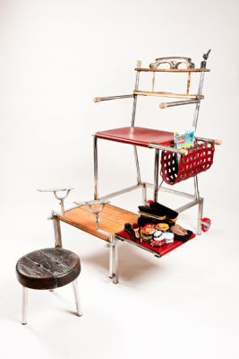 Shoeshine chair in stainless steel,hardwood and leather