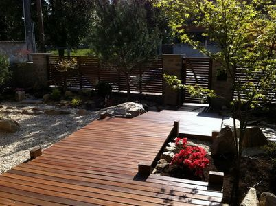 The japanese garden landscape design in harlesden for Japanese decking garden