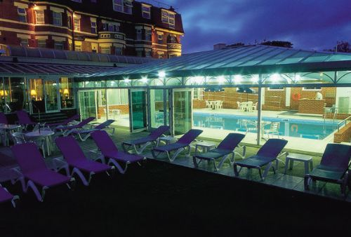 Hallmark hotels hotel in morley leeds uk - Hotels in bournemouth with swimming pool ...