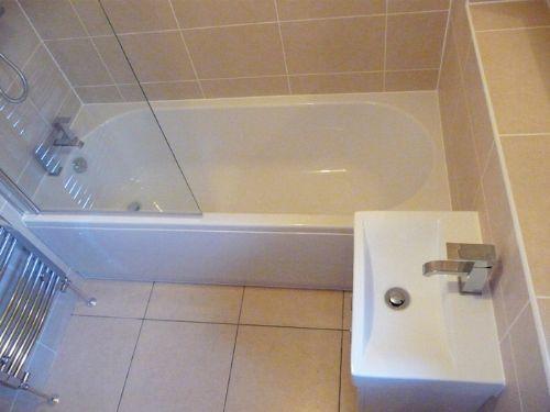 Bathtopia Bathroom Fitter In Glasgow Uk