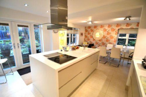 Elite Kitchens Manchester Kitchen Designer In Swinton Manchester Uk