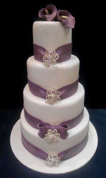 Speciality Cakes - Wedding Cake Maker in Cambuslang, Glasgow (UK)