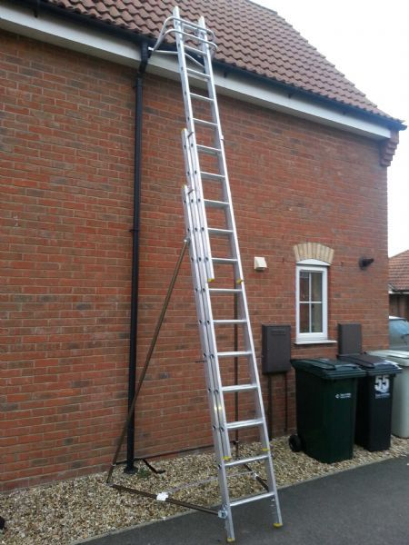 Dab Hands Window Cleaning Window Cleaner In Mareham Le