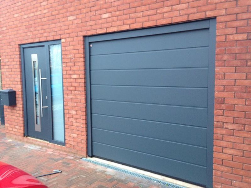 Bradgate garage doors garage door company in leicester uk for 14 door