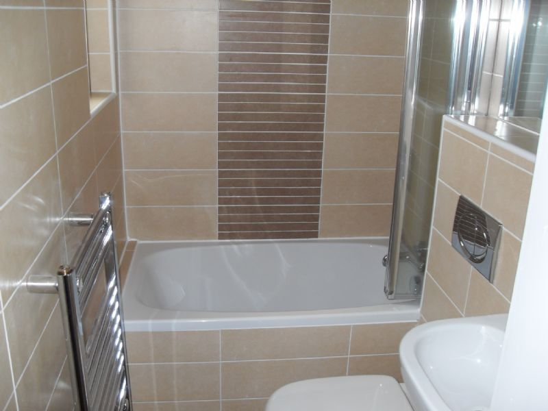 Refresh kitchen and bathrooms bathroom fitter in for Bathroom suppliers edinburgh