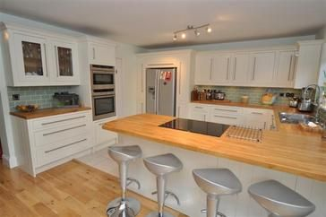 glenlith interiors (scotland) ltd - kitchen fitter in clarkston