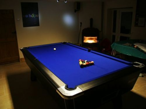 IQ Pool Tables Stockport Reviews Snooker And Pool Table - Rainbow pool table