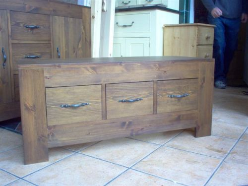 Bespoke Solid Wood Kitchens  Bedrooms - Bespoke Furniture Maker