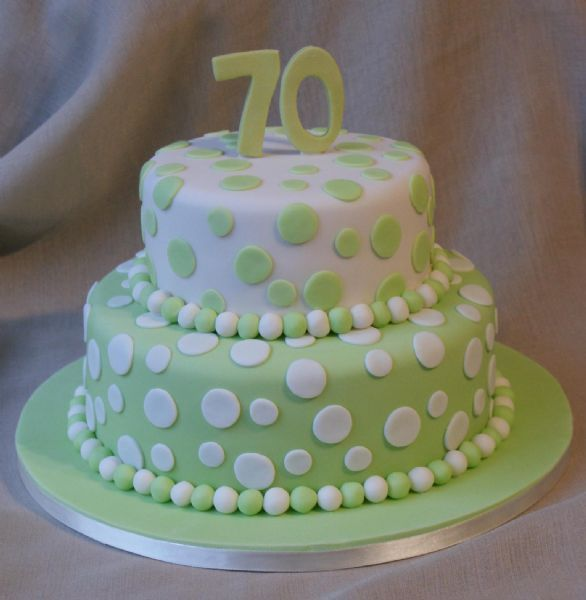Cake Decorating Classes Tyne And Wear : Class Cakes - Wedding Cake Maker in Rowlands Gill (UK)